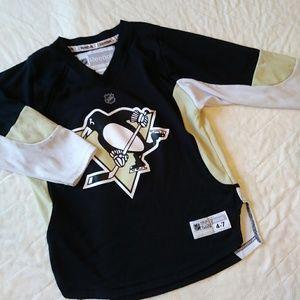 Pittsburg Penguins hockey jersey